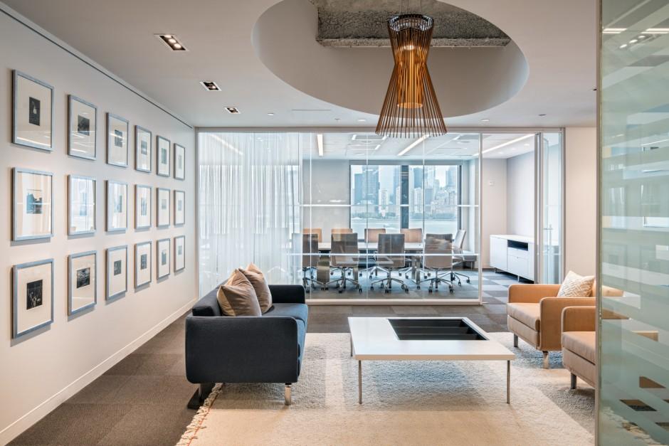 environmental challenge_gold - Environmental Interior Design
